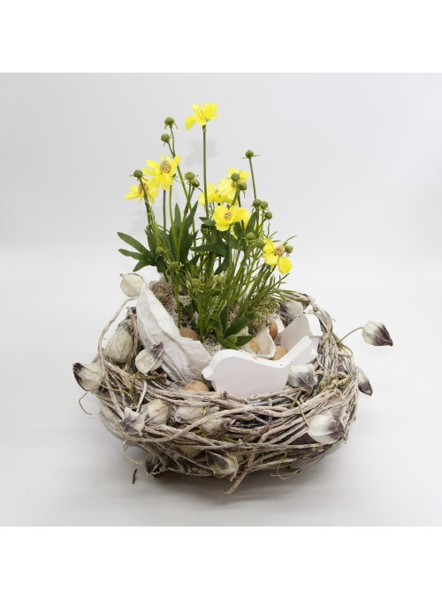 NEST OF FLOWERS