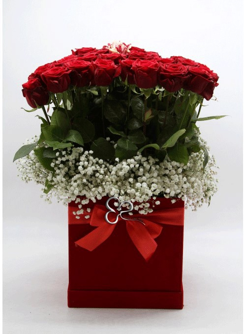 Red roses luxury box